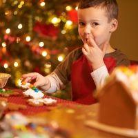 Controlar los excesos de los niños con los dulces navideños