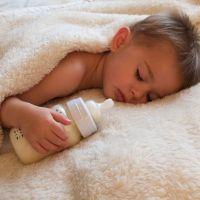 Qué es la caries de biberón o caries rampante en los bebés
