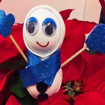 Manualidad de Muñeco de nieve. Manualidades navideñas para niños