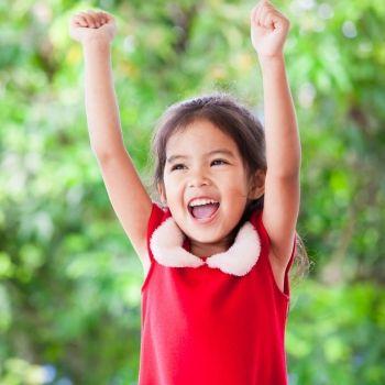 Niños extrovertidos, ventajas e inconvenientes de su forma de ser