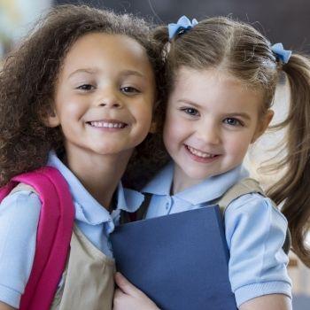 Enseñar a los niños a fortalecer el vínculo de amistad en la infancia