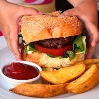 Por qué debemos poner las raciones de comida de los niños bajo control