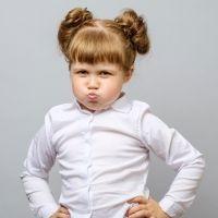 Cómo afrontar la terquedad en los niños