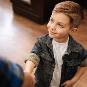 Cómo enseñar normas de cortesía a los niños