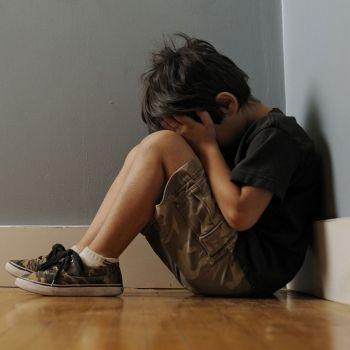 Qué lleva a un niño a abusar sexualmente de otro