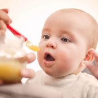 La importancia de la fibra al inicio de la alimentación complementaria