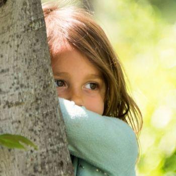 Cómo actuar ante un niño introvertido
