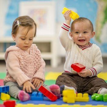Cómo desarrollar habilidades emocionales en los niños a través del juego