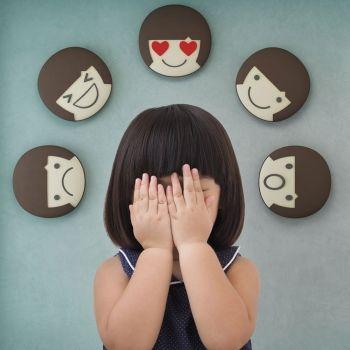 Niños con incontinencia afectiva o cuando no pueden controlar sus emociones