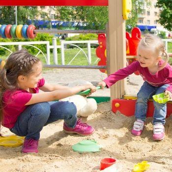 Cómo enseñar generosidad a los niños