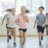 Por qué el deporte evita conductas de riesgo en los niños