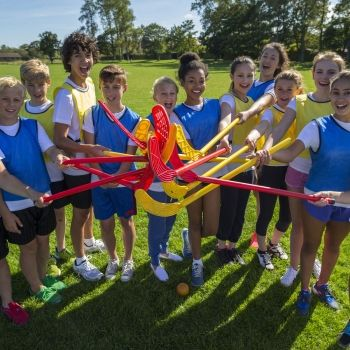 Hockey para niños y niñas. Un deporte que promueve la igualdad