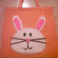 Manualidades de Pascua para niños. Bolsa de conejo