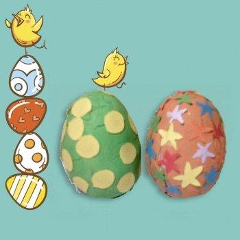 Huevos con plastilina