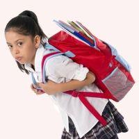 Más ejercicio y menos peso para la espalda de los niños