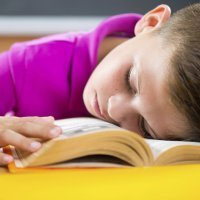 Niños que duermen mal es igual a niños nerviosos