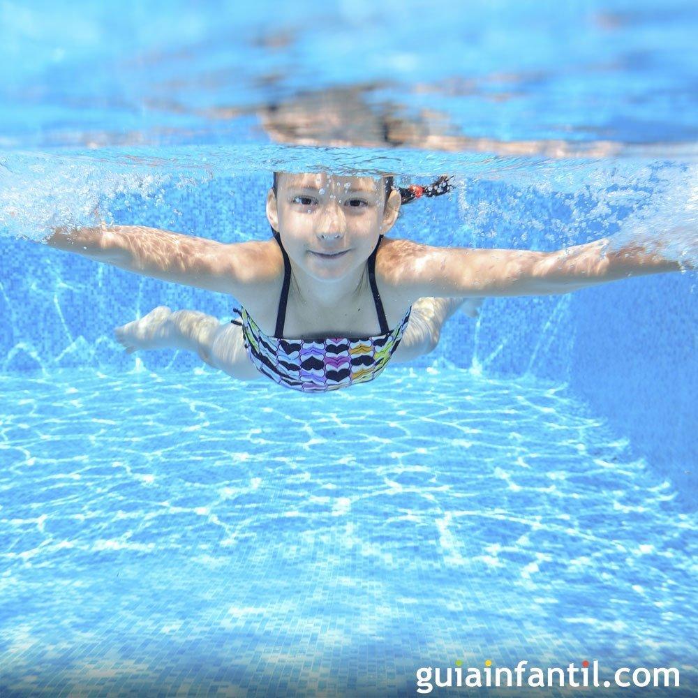 Ojo al cloro y al comportamiento de los ni os en las piscinas - Panales para piscina ...
