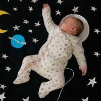 Las mejores posiciones en la cama de los bebés