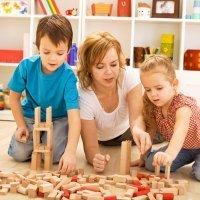 Menos juguetes y más juegos con los hijos