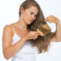 Caída del cabello y debilidad en las uñas después del embarazo