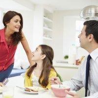 De qué hablan los papás y las mamás