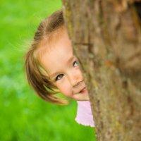 Por qué a los niños les encanta jugar al escondite