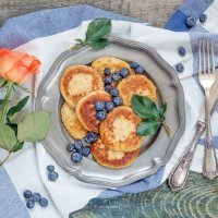 Un desayuno sorpresa y primaveral para las madres