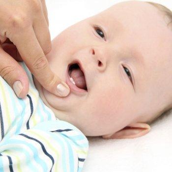 Bebés que nacen con dientes