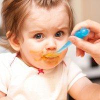 Cómo alimentar al bebé cuando salimos de vacaciones
