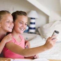 La práctica del 'selfie' aumenta el contagio de piojos