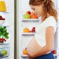 Nada de espinacas, atún o pez espada para bebés y embarazadas