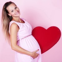 El corazón de la mujer se fortifica con el embarazo