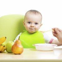 Cómo hacer las primeras papillas y purés del bebé