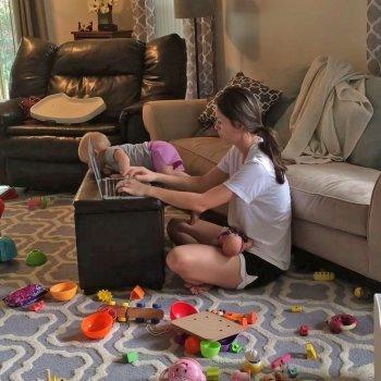 Cuando la mamá trabaja en casa