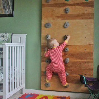 El bebé que escala sin arnés y la importancia de entrenar las habilidades