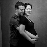 La foto del padre de Facebook con su esposa embarazada