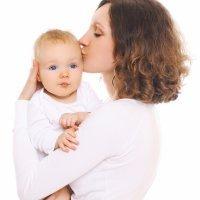 El vínculo afectivo del bebé, más que un Derecho