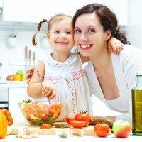 Contra la obesidad infantil, las recetas de cocina de mamá