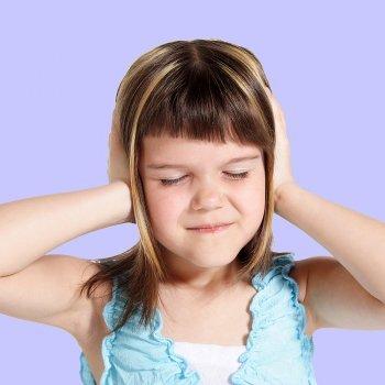 Los inimigos del oído de los niños