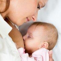 El cuidado de la piel durante la lactancia materna