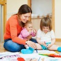 Madre de día, una alternativa a la guardería