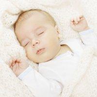 Porque los bebés deben dormir boca arriba