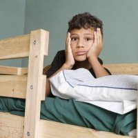 Dormir en literas causa lesiones a miles de niños cada año