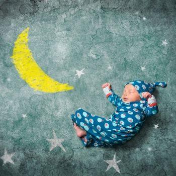 Los felices sueños del bebé
