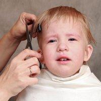¿Será posible cortar el pelo a mi hijo?