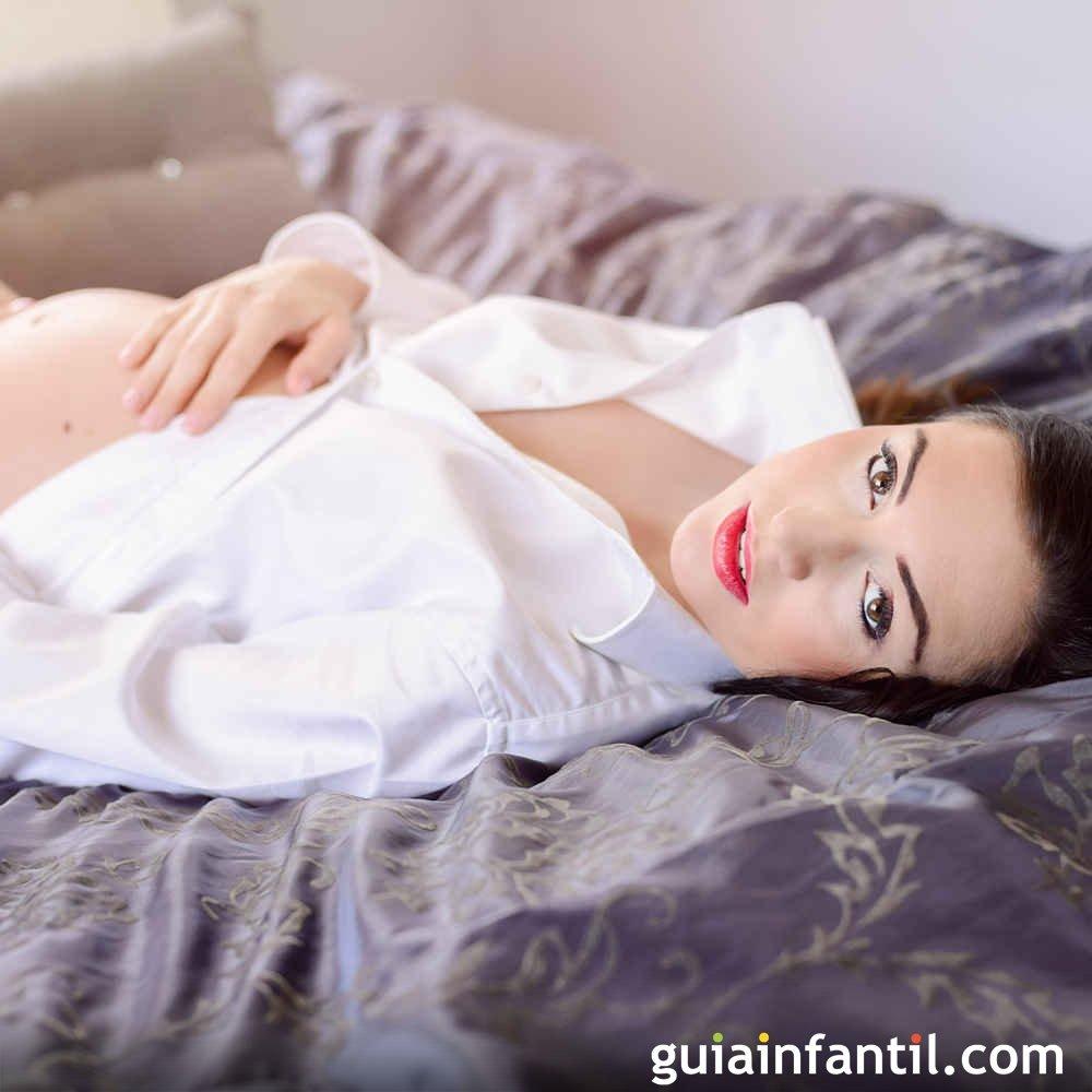 ac51100fc La barriga de la embarazada es hermosa y sexy