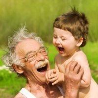 7 de cada 10 abuelos españoles cuidan a sus nietos