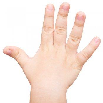 Qué nos dicen las uñas de los niños