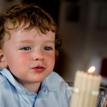 Por qué no debes usar velas si tienes un bebé