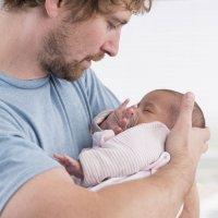 Los científicos aseguran que el hombre no necesitará a la mujer para tener un bebé